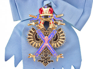 BADGE OF ORDER OF ST. ANDREW THE APOSTLE THE FIRST-CALLED with swords, IMPERIAL RUSSIA WWI