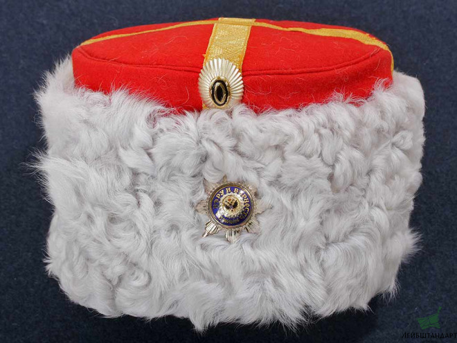Фотография Emperor suite general parade white hat, General-Adjutant His Majesty suite. Russia, Replica - Увеличенное изображение