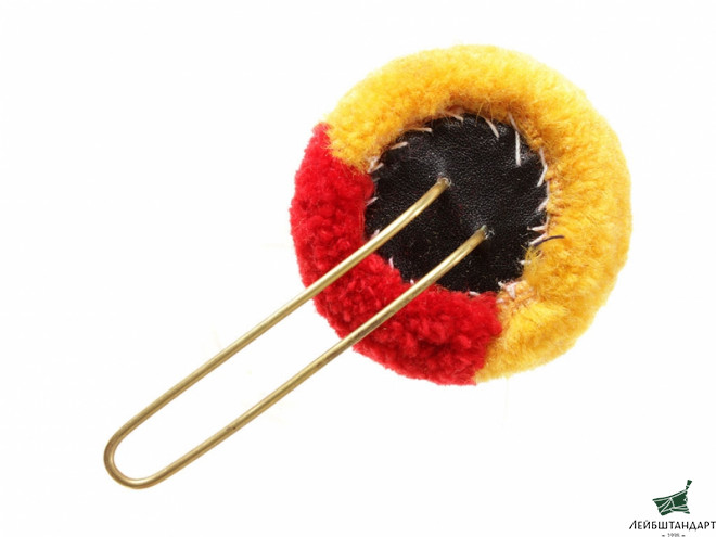Изображение Pom pom for shako hat m1811 yellow with red strip soldier's, 3rd Battalion of infantry rifle company, Imperial Russia 1812 - Увеличенное изображение